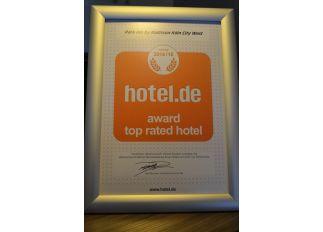 Auszeichnung als Best Rated Hotel für das Park Inn by Radisson Köln City West