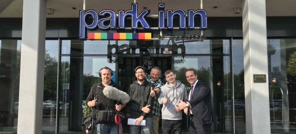 E-Sport Star Jannis Neumann Interview - Park Inn by Radisson Köln City West